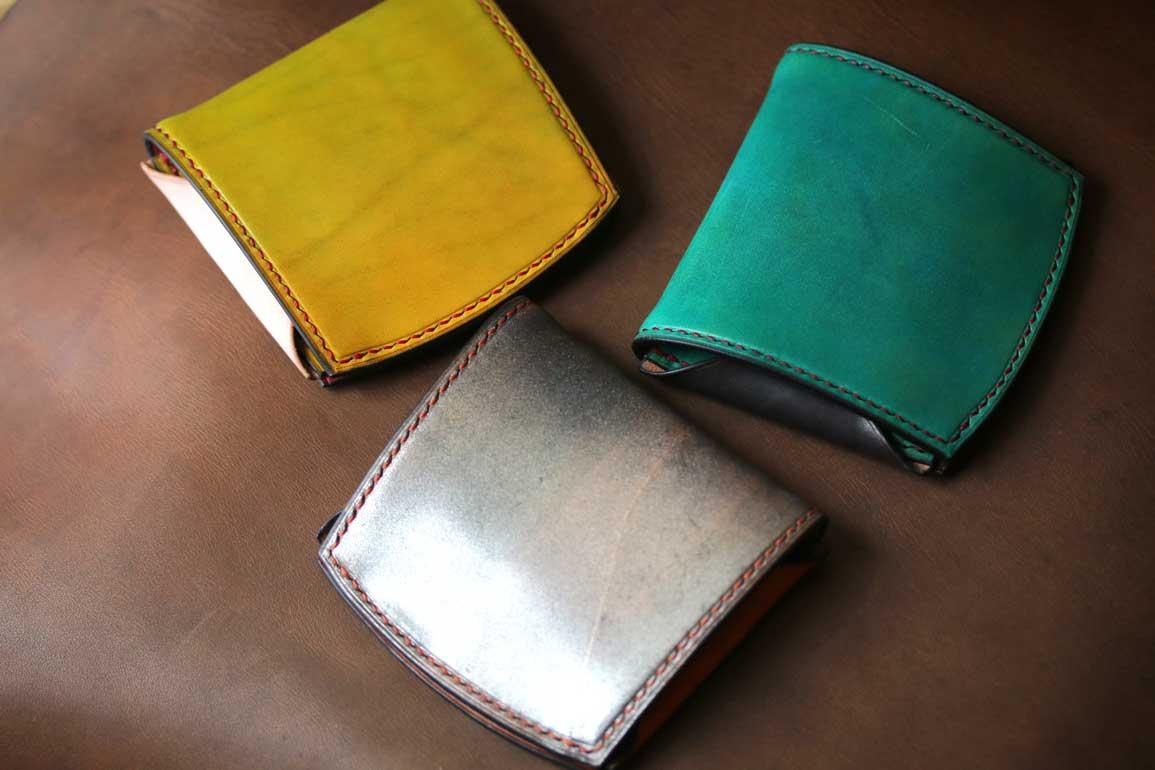 黄色青シルバースタイリッシュコンパクト革財布