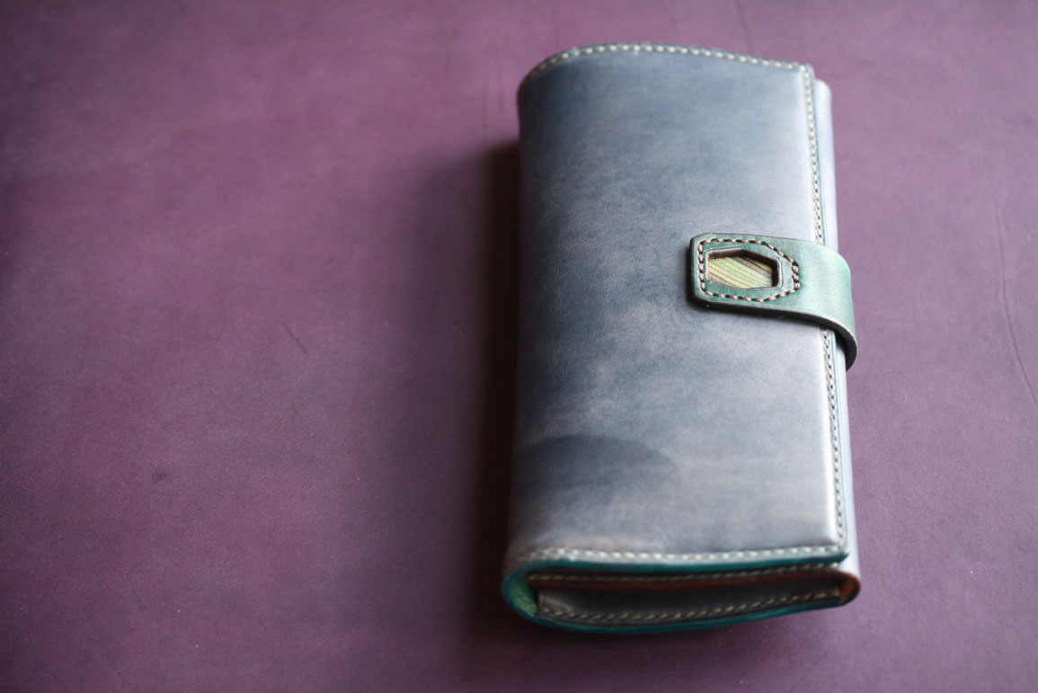 ネイビースキモレザー財布