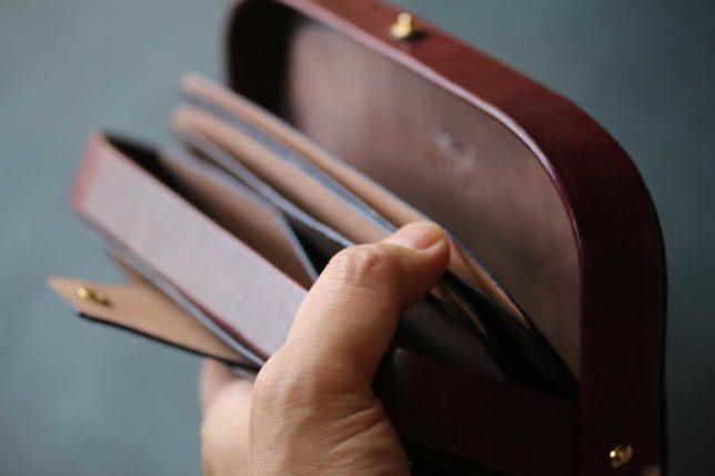真鍮ゴールドダレス財布
