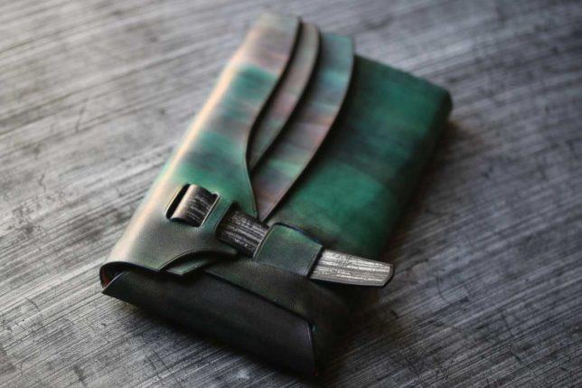 縫わないシームレス折り紙革財布