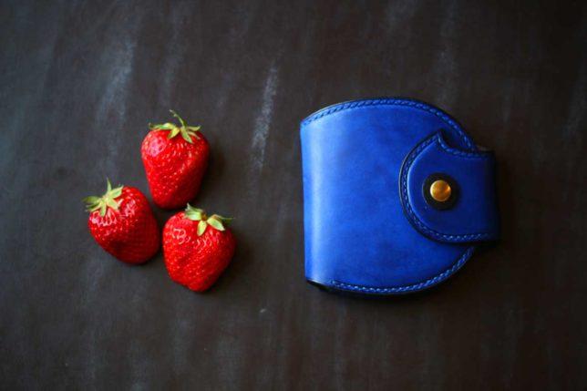 いちご丸青財布