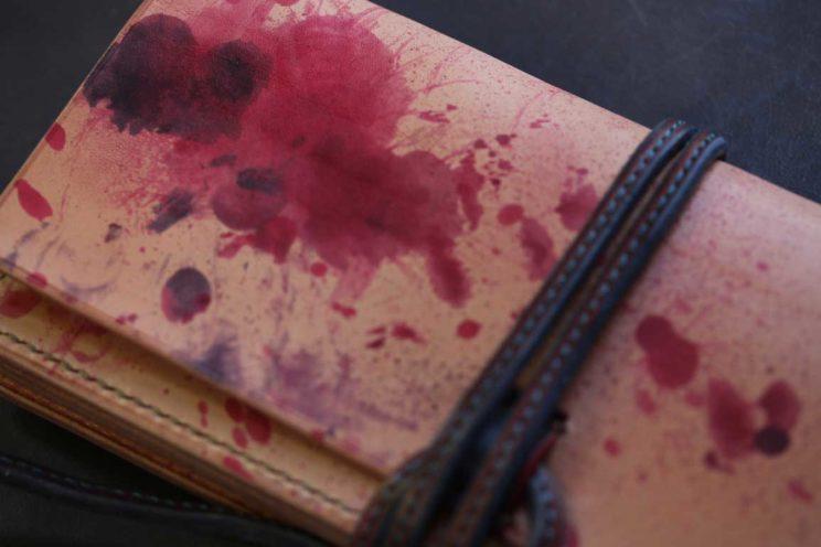 流血血痕紐ウォレット