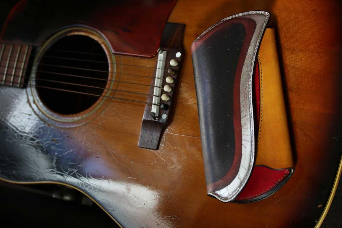 ビンテージギターサンバースト財布