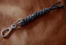 編みこみキーホルダー