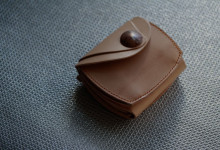 The Wing of beetle wallet ナチュラル