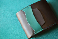 2つ折り財布 ブラック×ブルー
