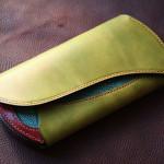 The Peafowl wallet グリーン×レッド エイ革インレイ