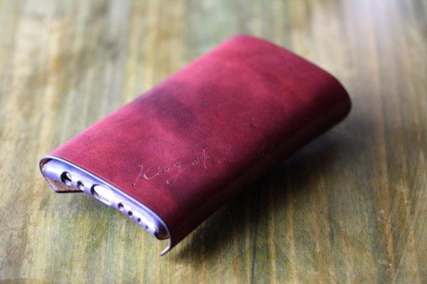 手帳型革iPhoneケース