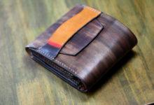 木目調+サンバーストカラー折り財布