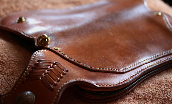 The Lion's Back wallet エイジング