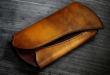 The Peafowl Wallet 真鍮×ワインレッド
