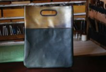 New York Clutch Bag ゴールド×グリーン