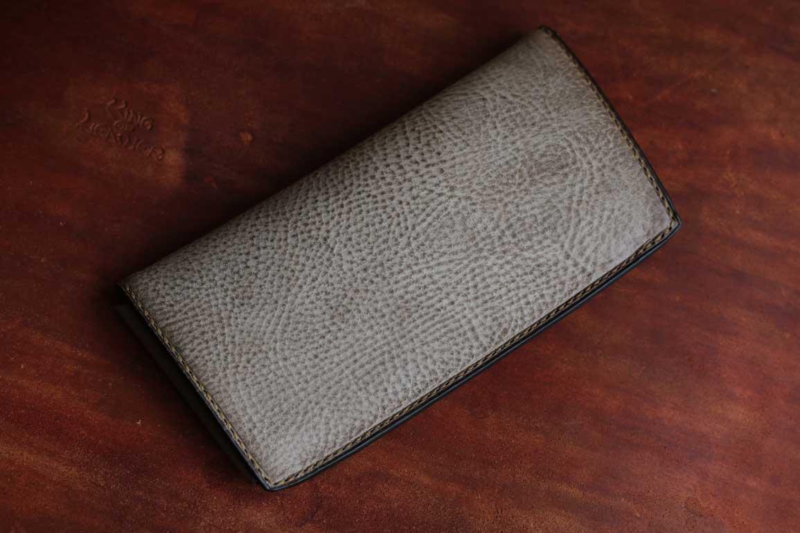 薄いスタイリッシュアラスカレザー財布