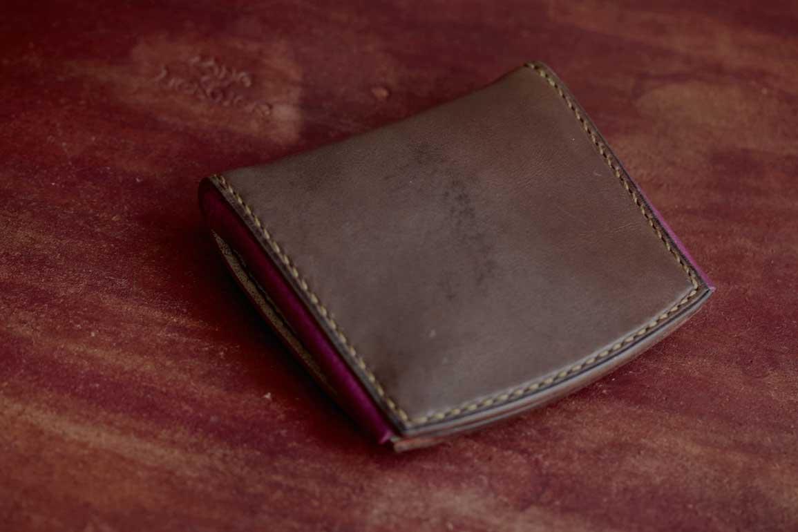 エルバマットレザーオールドキャニオンコンパクト財布