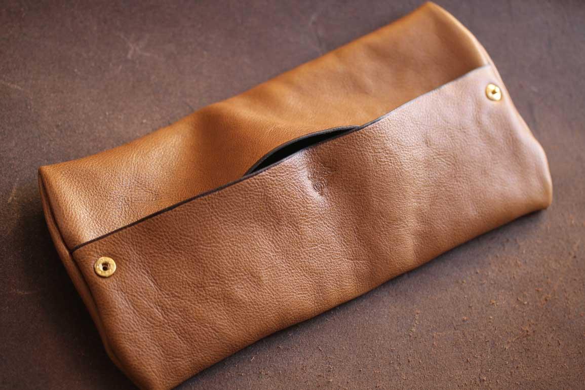 箱ティッシュ携帯カバー