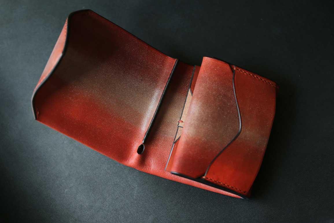 シルバーオレンジ染色コンパクト革財布
