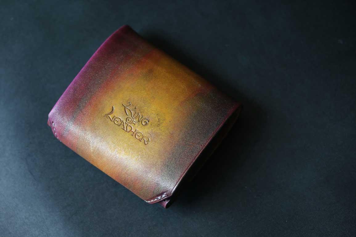 ゴールドパープル染色コンパクト革財布
