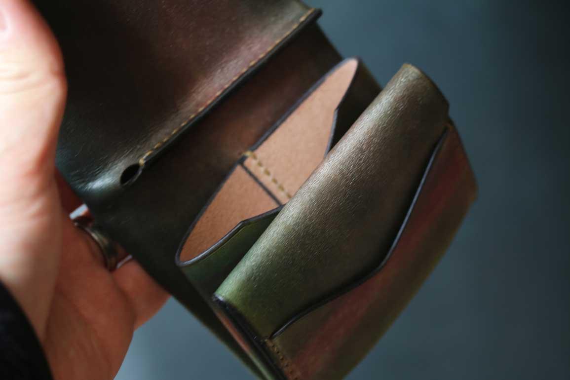 銅グリーン染色コンパクト革財布