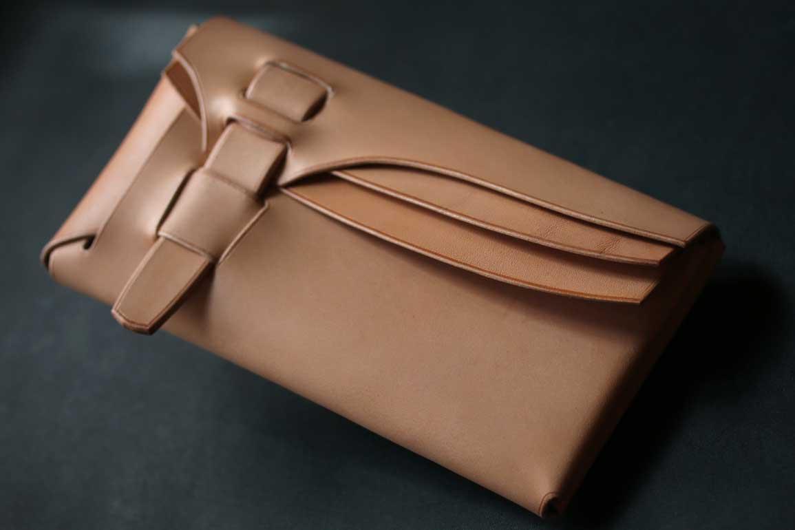 シームレス縫わない一枚革財布